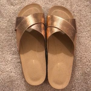 Shoes - Rose gold flatform sandals